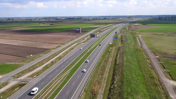 Autostrada do Warszawy TVN24